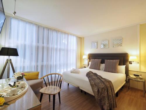 Vilana Hotel photo 24