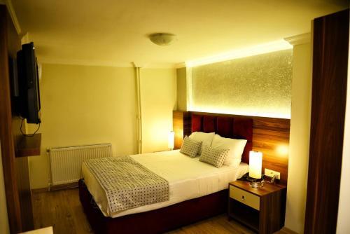 Izmir Laleli Hotel Izmir adres