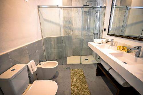 Superior Double or Twin Room Legado Alcazar 54