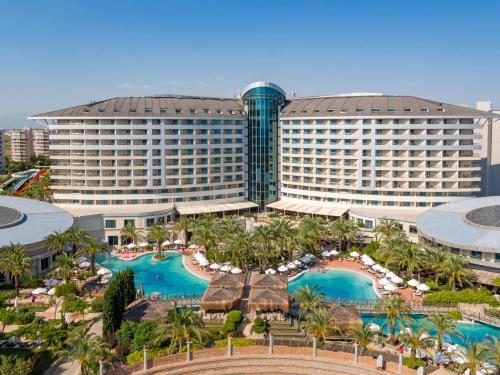 Lara Royal Wings Hotel tek gece fiyat