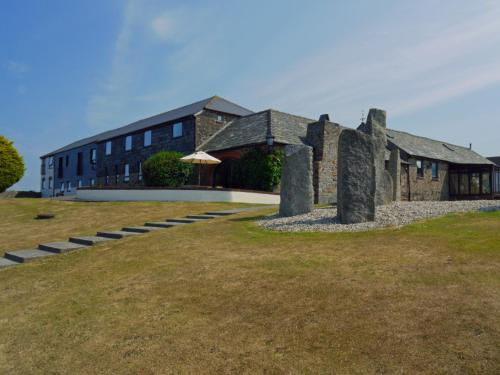 Kennacott Court Holiday Cottages, Widemouth Bay, Cornwall