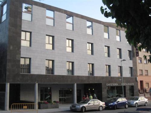 . Visit Hotel