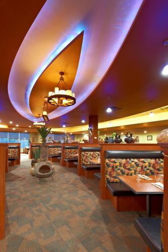 Deerfoot Inn and Casino - Calgary, AB T2Z 3W4