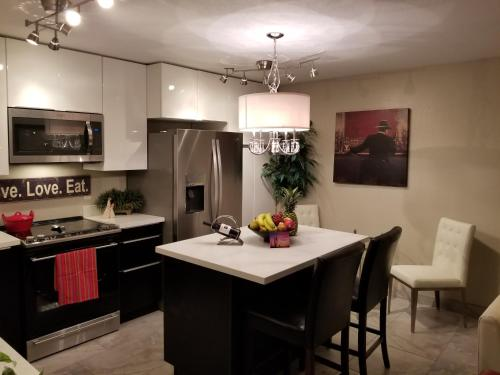 New Luxury Condo Sunny Arizona - Apache Junction, AZ 85119