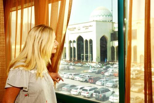 Al Jazeera Royal Hotel photo 18