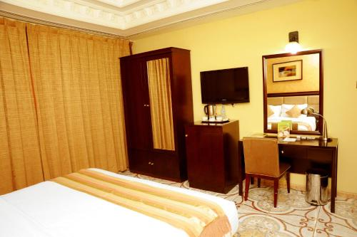 Al Jazeera Royal Hotel photo 38