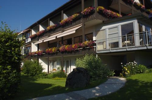 . Steinhausers Hotel Hochbühl