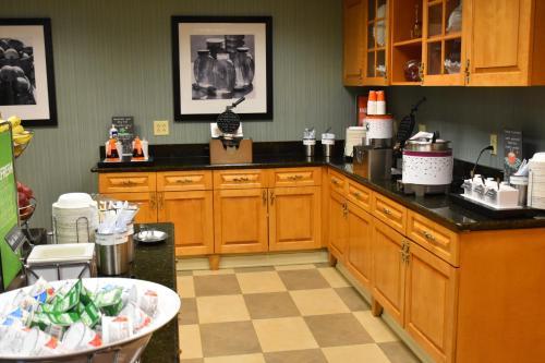 Hampton Inn & Suites Chincoteague - Chincoteague Island, VA 23336