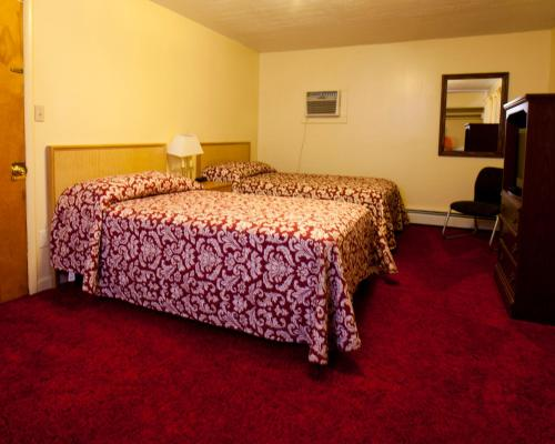 Charlie's Motel - Frostburg, MD 21532