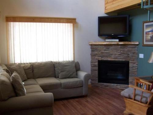Hookers Resort Cabin Home 1 - Hotel - Portage