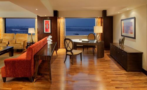 Hyatt Regency Dubai - Corniche photo 11