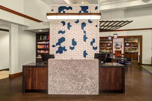 Hyatt Place Oklahoma City Airport - Oklahoma City, OK 73108