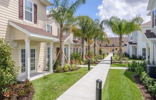 Three Bedroom Vacation Townhouse 89sh84 West Lucaya - Kissimmee, FL 34747
