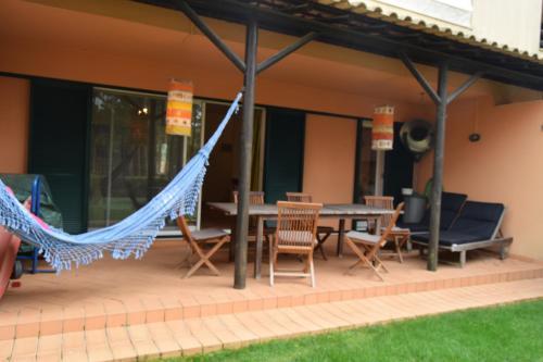 Aroeira Pine Tree Gardens Surf & Golf Villa, Pension in Charneca bei Lagoa de Albufeira