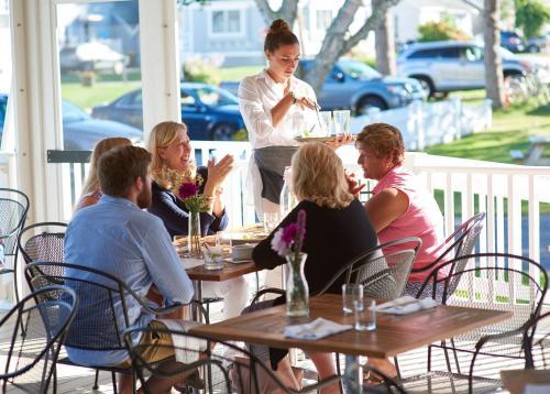 Higgins Beach Inn - Scarborough, ME 04074
