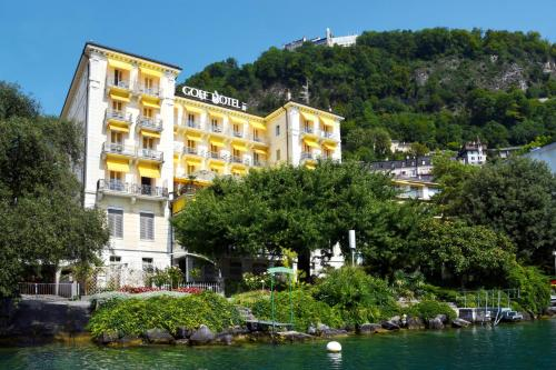 . Golf Hotel René Capt