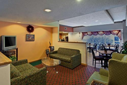 Americas Best Value Inn & Suites Waukegan Gurnee