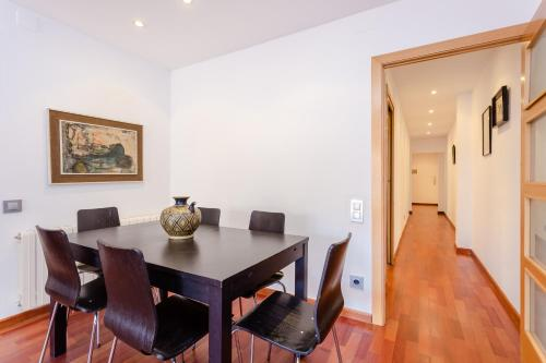 4 bed flat in Sant Antoni area photo 6