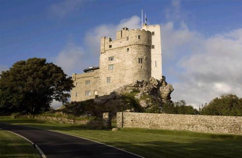 . Roch Castle