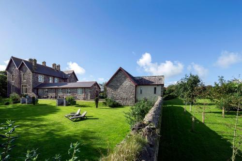 St Davids, Pembrokeshire SA62 6PG, Wales.