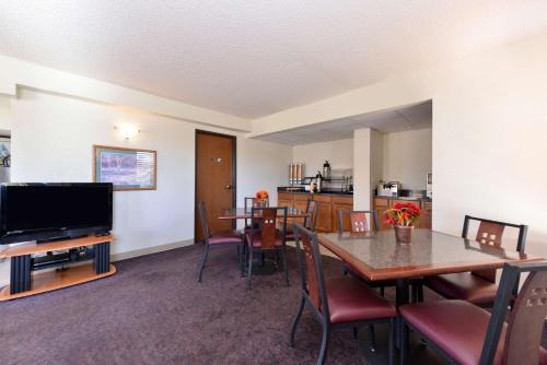 Americas Best Value Inn Elk City - Elk City, OK 73644