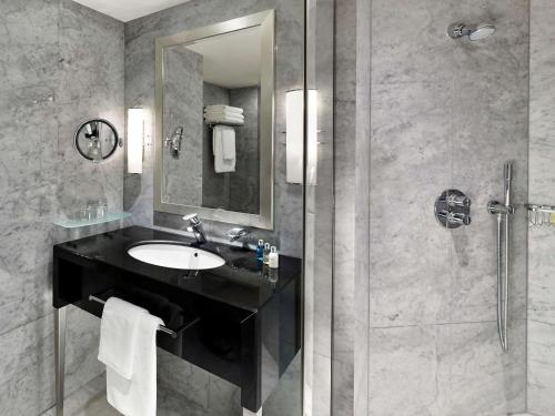 The Park Tower Knightsbridge, a Luxury Collection Hotel photo 58