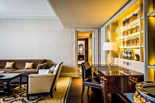 Prince de Galles, a Luxury Collection hotel, Paris photo 97