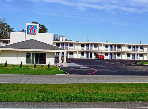 Motel 6 Sulphur Springs