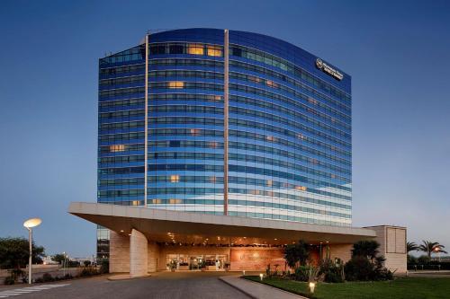 . Sheraton Oran Hotel & Towers
