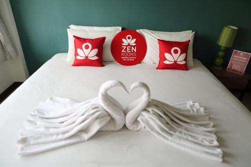 ZEN Rooms Thappraya Road