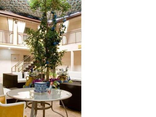 L.A. Sky Boutique Hotel - Los Angeles, CA CA 90064
