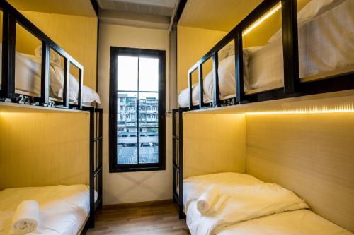Bed to Bangkok impression