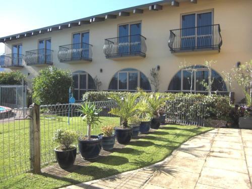 Hotel 299 on Devon West