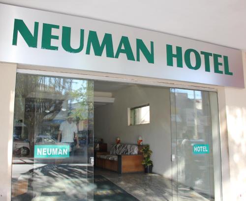 Foto de Neuman Hotel