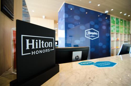 Hampton By Hilton Montevideo Carrasco in Montevideo