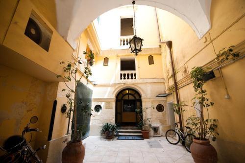 . Azzurretta Guest House