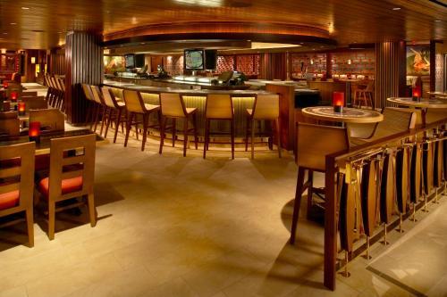 Hilton Grand Vacations Club at Hilton Hawaiian Village - Honolulu, HI HI 96815