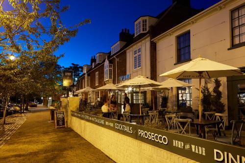 High Street, Old Town, Stevenage, SG1 3AZ, England.