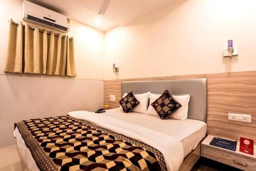Room Maangta 133 @ Kurla West