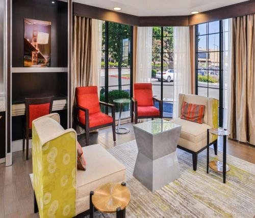 Hampton Inn & Suites San Francisco-Burlingame-Airport South - Burlingame, CA CA 94010