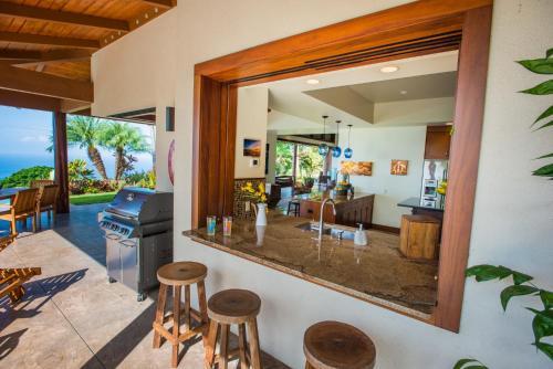 Aloha Place - Holualoa, HI 96740