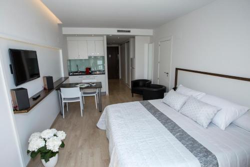 . ApartHotel Playa Oliva