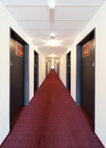 McDreams Hotel Düsseldorf-City photo 6