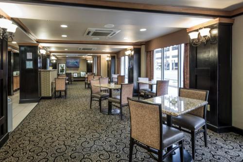 Hampton Inn & Suites Montgomery-Downtown - Montgomery, AL AL 36104