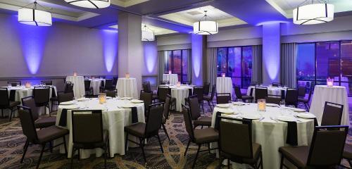 Embassy Suites Denver - Tech Center - Englewood, CO CO 80112