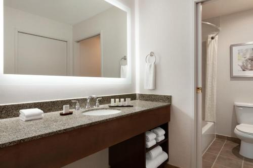 Embassy Suites by Hilton Temecula Valley Wine Country - Temecula, CA CA 92591