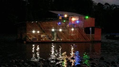 La Balsa Flotante Ecolodge, Tena
