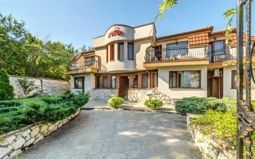 Family Hotel Bunara - Brestnik