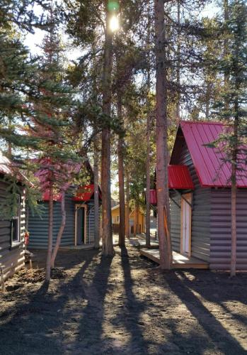Yellowstone Cabins And Rv - West Yellowstone, MT 59758