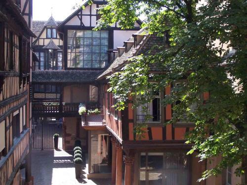 6-8 rue des Couples, 67000, Strasbourg, France.